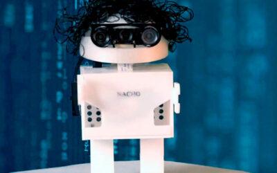 Nacho, el robot que enseña a los niños a leer y escribir