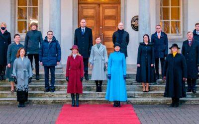 Estonia es el primer país con dos mujeres en los cargos máximos
