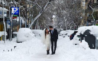 Boda en la nieve: La pareja que se casó en mitad del temporal Filomena