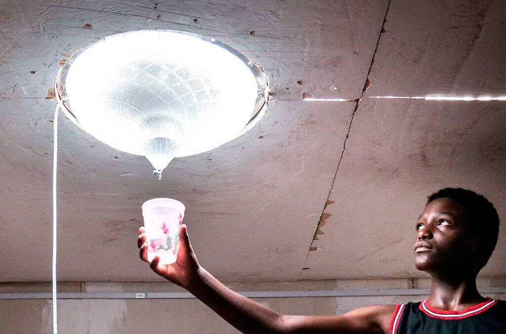 Inventan un dispositivo capaz de proporcionar agua, energía y luz natural