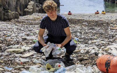 El joven que puede acabar con la pesadilla de los microplásticos