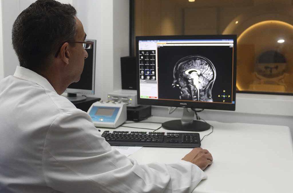 Un estudio muestra la relación entre la saliva y el Alzheimer